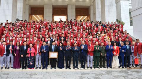 Thủ tướng Chính phủ Nguyễn Xuân Phúc gặp mặt VĐV, HLV đạt thành tích cao tại SEA Games 30