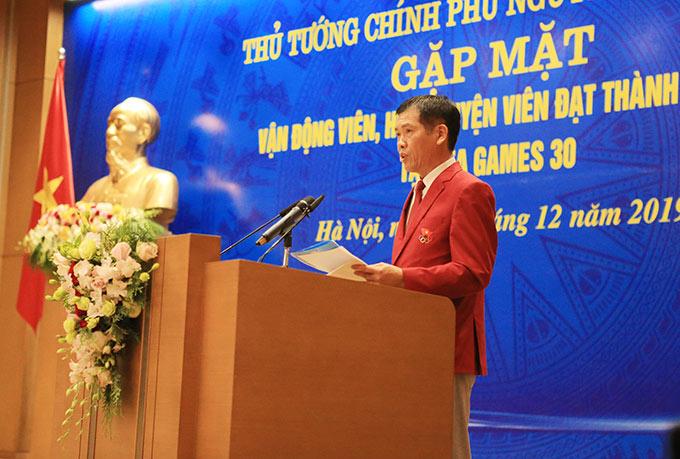 Ông Trần Đức Phấn - Trưởng đoàn TTVN tham dự SEA Games 30 báo cáo thành tích của các VĐV tranh tài ở Philippines