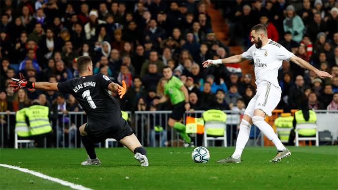 Benzema bỏ lỡ khá nhiều cơ hội