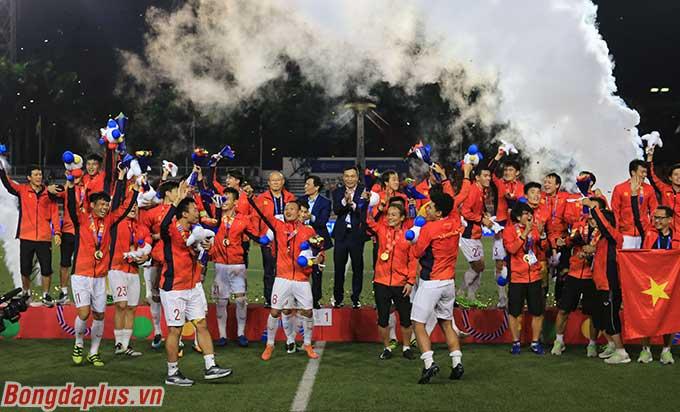 U22 Việt Nam lần đầu giành HCV SEA Games - Ảnh: Đức Cường