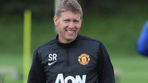Steve Round, cựu trợ lý của Man United, đã nhận lời tới Arsenal trợ giúp Arteta