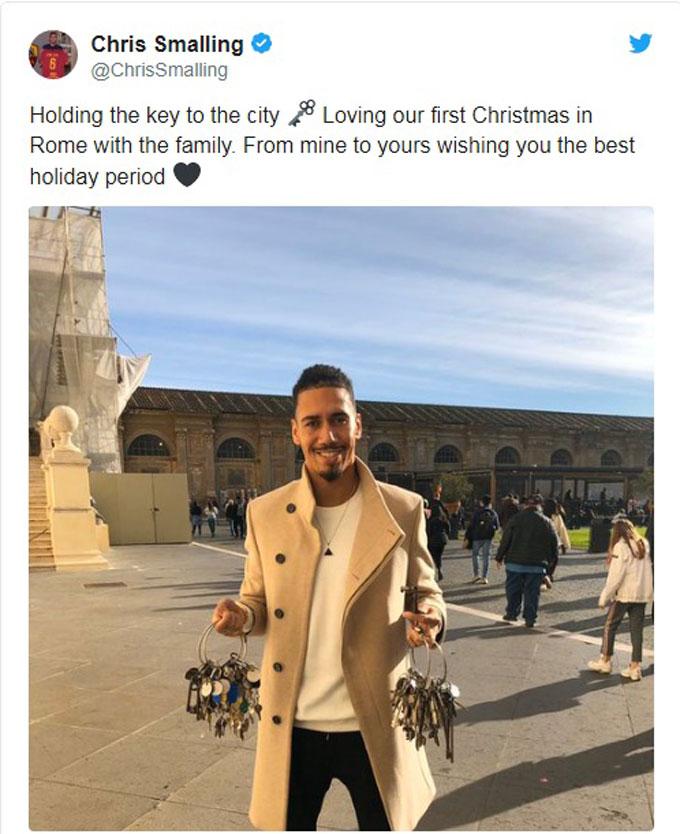 Trung vệ Chris Smalling lần đầu đón Giáng sinh tại Italia