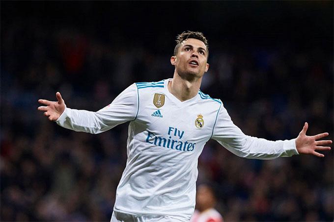 Ronaldo ghi đến 450 bàn sau 438 trận cho Real