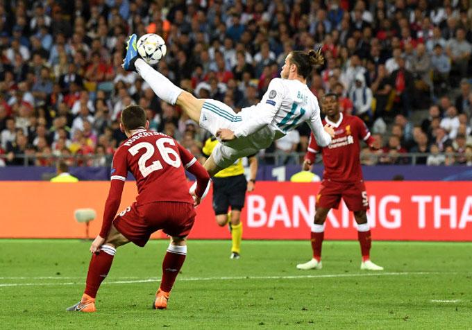 Cú móc bóng tuyệt đẹp của Bale trong trận chung kết Champions League 2018 với Liverpool