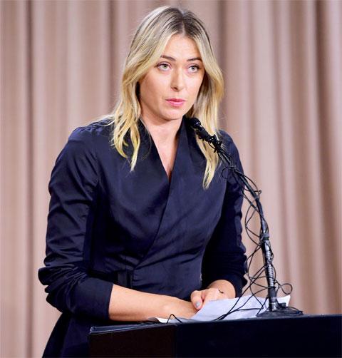 Sharapova tổ chức họp báo hồi tháng 3/2016 và thừa nhận đã sử dụng doping
