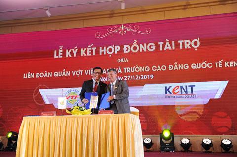Ký hợp đồng tài trợ giữa VTF và KENT