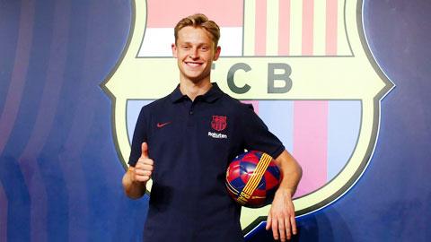 Barcelona 'tinh' hơn Real Madrid khi mua cầu thủ trẻ