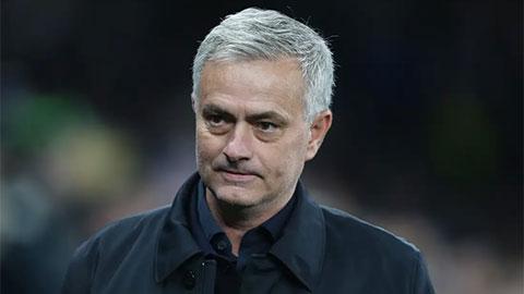 Mourinho cảnh báo Tottenham không thể tiếp tục chơi ngớ ngẩn