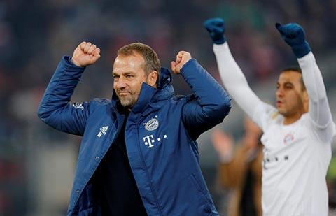 Sau 10 trận cầm quân, HLV tạm quyền Flick đã giúp Bayern thắng 8 trận