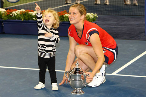 Clijsters ăn mừng chức vô địch US Open 2009 với con gái đầu lòng