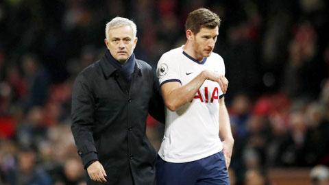 Mourinho sẽ vá lại hàng thủ Tottenham ra sao?