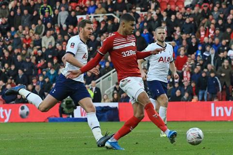 Mourinho cho rằng Fletcher đã việt vị trước khi ghi bàn cho Middlesbrough