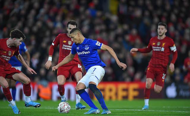 Richarlison và các cầu thủ Everton cần vượt qua thất bại trước Liverpool để giành kết quả tốt hơn ở những trận đấu tới