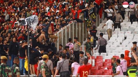ĐT Indonesia và Malaysia bị FIFA phạt nặng