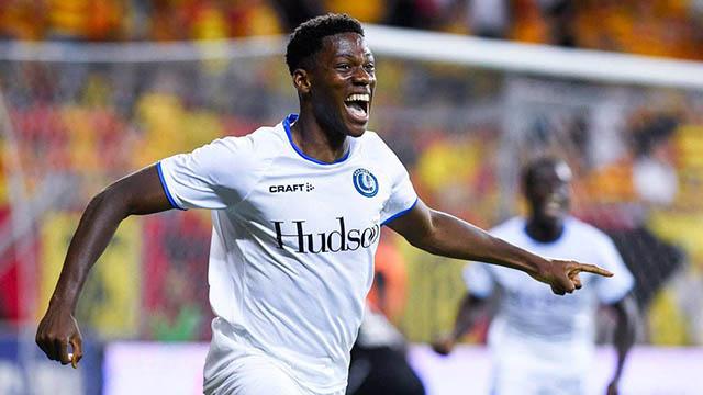 41.Jonathan David (sinh năm 2000 - CLB KAA Gent): Cầu thủ có vị trí sở trường tiền vệ tấn công đang tỏa sáng trong màu áo KAA Gent (Bỉ) khi có 13 bàn thắng và 9 kiến tạo sau 30 trận. Anh được Transfermarkt định giá 20 triệu euro.