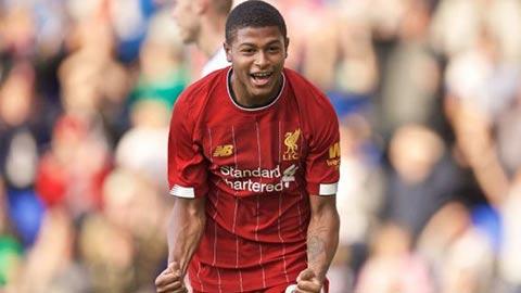 Liverpool cho Swansea mượn Brewster