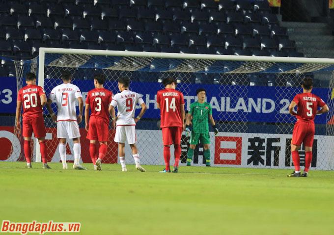 Đây có thể xem là sự lựa chọn bất ngờ của HLV Park Hang Seo khi nhiều người mặc định vị trí số 1 trong khung gỗ của U23 Việt Nam lúc này là thủ môn Văn Toản.