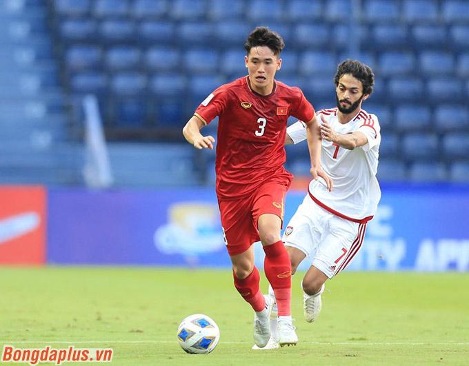 Trở lại với trận đấu, U23 Việt Nam và U23 UAE đã chia nhau các giai đoạn thi đấu nổi bật. Có thời điểm U23 Việt Nam chơi hay hơn đối phương và ngược lại.