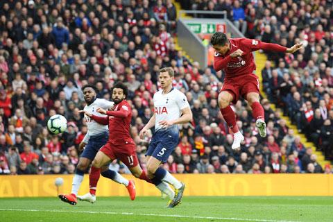 Liverpool (áo sẫm) sẽ nối dài chuỗi toàn thắng trước Tottenham lên 5 trận đêm nay