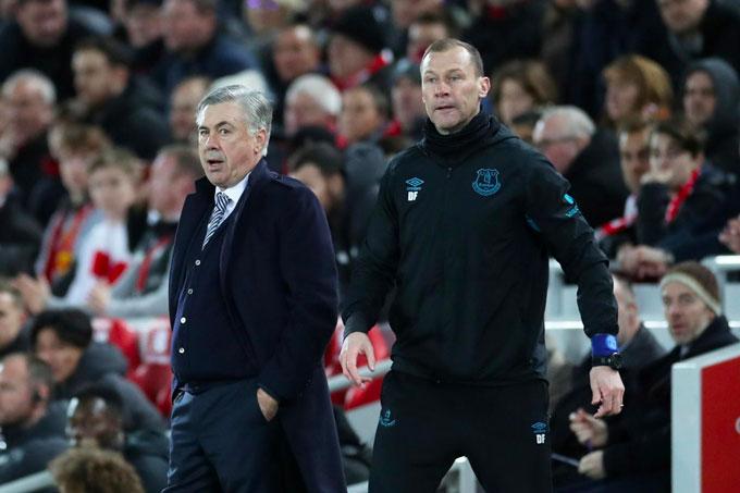 Ancelotti quyết định chọn Ferguson là cánh tay phải để kết nối với CLB