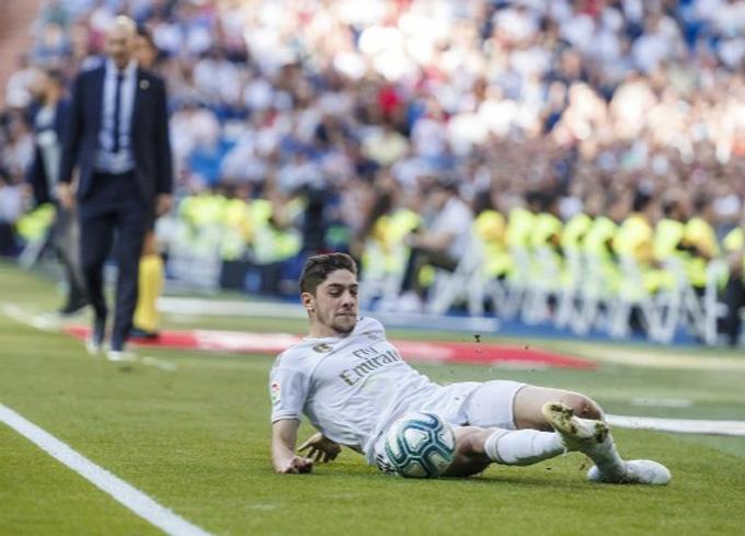 Valverde là người giúp Zidane giải bài toán tăng cường sự cơ động ở trung tuyến