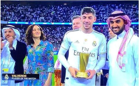 Valverde nhận giải cầu thủ hay nhất trận chung kết Siêu cúp Tây Ban Nha