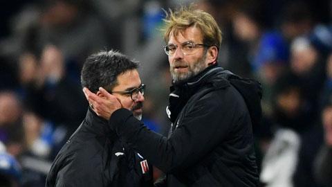 Theo lời khuyên của người bạn thân Klopp (phải), David Wagner đến và thay đổi hoàn toàn bộ mặt của Schalke