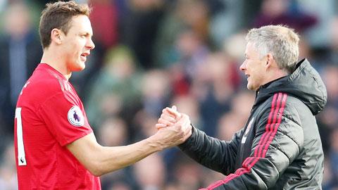 Giữ lại Nemanja  Matic, Man United đang tính quẩn