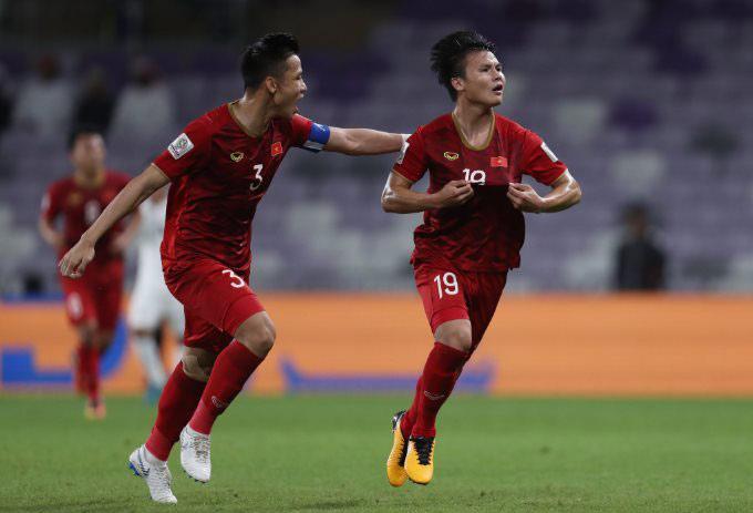 Ngọc Hải và Quang Hải giúp Việt Nam vào vòng knock-out Asian Cup 2019