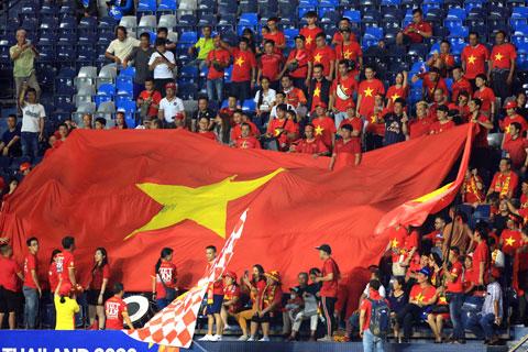 Lực lượng CĐV của Việt Nam luôn áp đảo lực lượng CĐV của các đội khách còn lại tại VCK U23 châu Á 2020Ảnh: Minh Tuấn