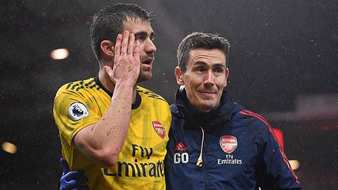 Liverpool tước đoạt thành viên quan trọng của Arsenal