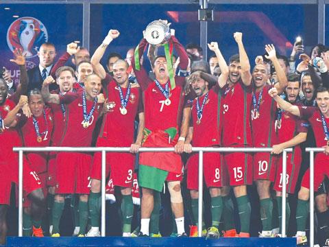 Bồ đào Nha, nhà vô địch kỳ dị tại EURO 2016