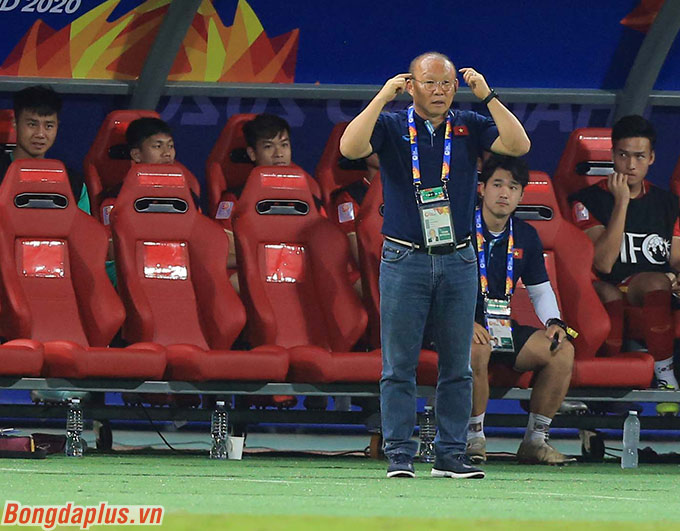 HLV Park Hang Seo muốn các học trò duy trì sự hưng phấn đề có thêm bàn nữa