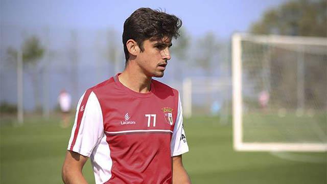 5.Francisco Trincao (sinh ngày 29/12/1999 - CLB SC Braga): Chân sút có thể đá tốt ở vị trí trung phong lẫn chạy cánh này đang gây ấn tượng mạnh tại giải VĐQG Bồ Đào Nha với 4 kiến tạo, 2 bàn sau 17 trận.