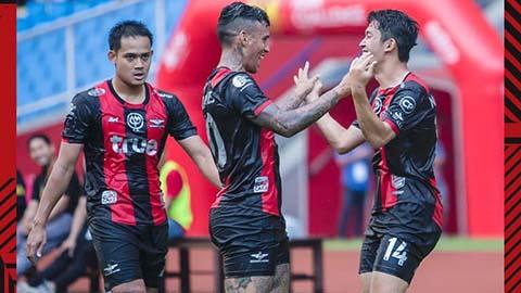 Hà Nội FC thảm bại trước CLB Thái Lan tại Malaysia