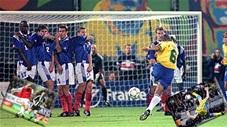 Những bàn thắng kinh điển trong lịch sử bóng đá