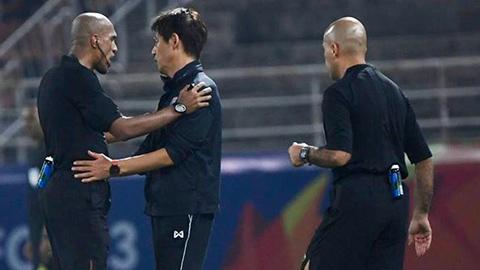 LĐBĐ Thái Lan kiến nghị AFC xem xét quyết định penalty bất thường của trọng tài