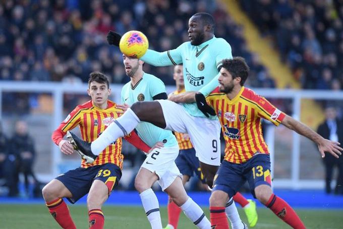 Lukaku cùng các đồng đội đã bị Lecce cầm chân với trận hòa 1-1