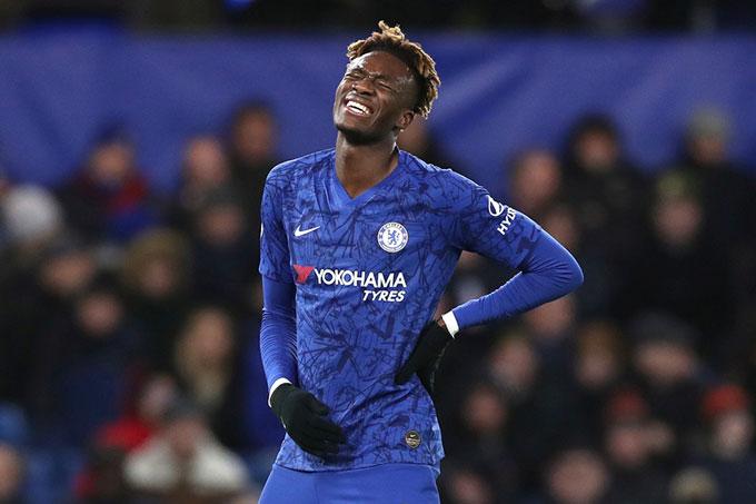 Chelsea lại sảy chân