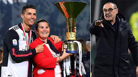 Tin giờ chót 23/1: HLV Sarri bất ngờ tâng bốc... mẹ Ronaldo!