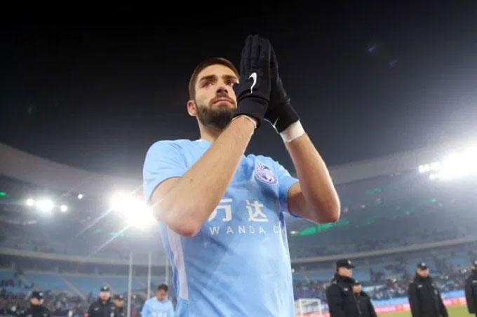 Palace muốn mượn Carrasco