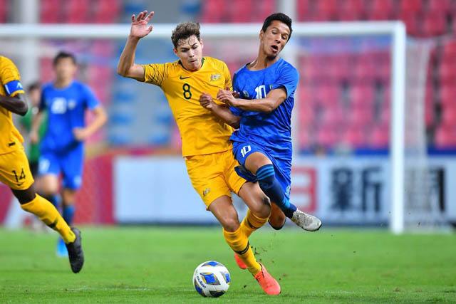 U23 Uzbekistan tạo ra nhiều cơ hội ăn bàn hơn nhưng không cụ thể hóa thành bàn thắng