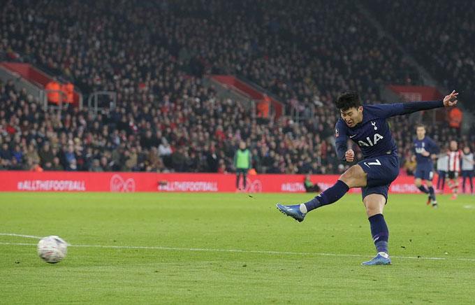 Son ghi bàn nhưng cũng là tác nhân khiến Tottenham bỏ phí nhiều cơ hội ăn bàn