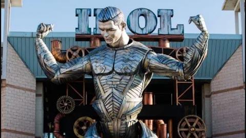 Mô hình robot Ronaldo gây sốt tại lễ hội Carnival của Italia