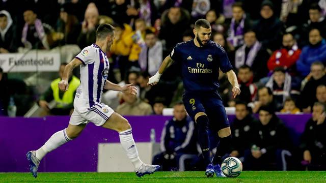 Benzema và các đồng đội đã có trận đấu khó khăn trước Valladolid