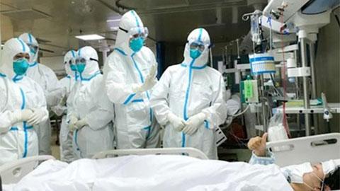 2 sao bóng đá gặp hạn vì virus corona