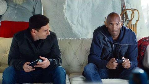Bức ảnh duy nhất trong tủ đồ của huyền thoại Kobe Bryant là chụp với Messi