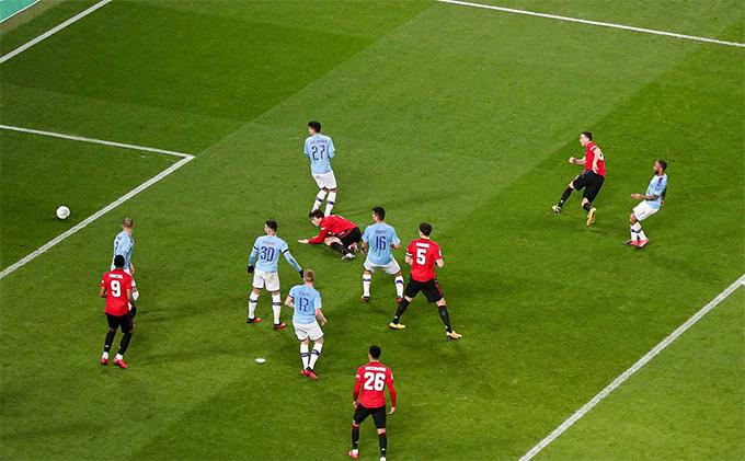 Matic ghi bàn duy nhất giúp M.U đánh bại Man City