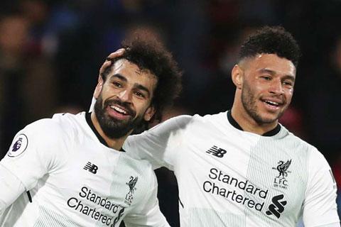 Sự kết họp ăn ý giữa Salah và Ox-Chamberlain đã đập tan những chỉ trích