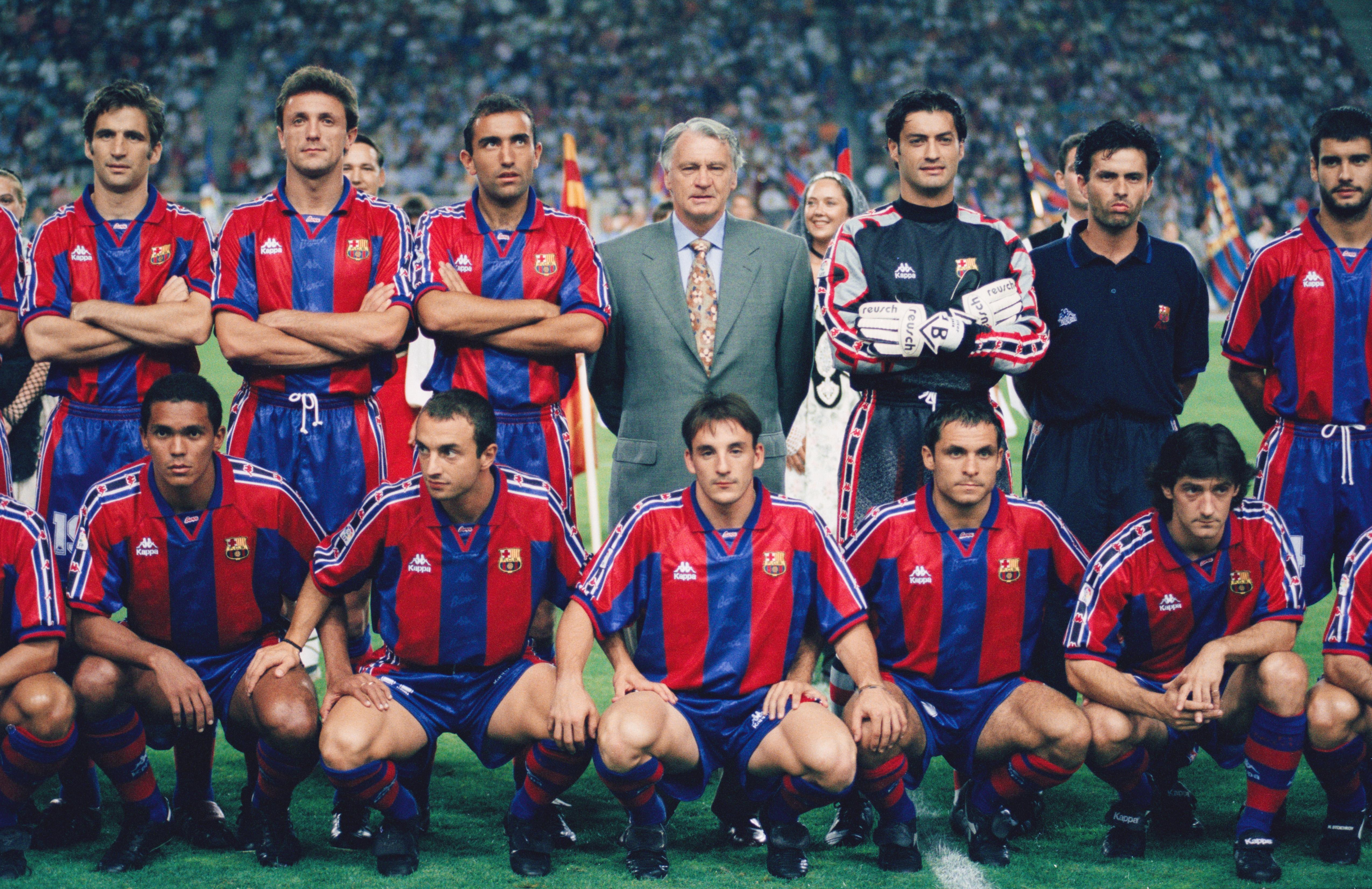 Barcelona dưới thời Robson chứng kiến tình bạn thân giữa Mourinho và Pep